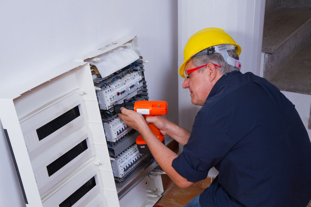 electrician-in-west-hills
