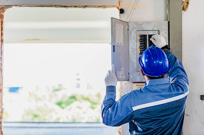 Residential Electrician in Santa Monica