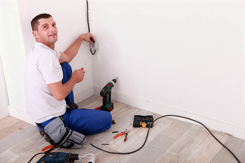 Licensed Commercial Electrician in Granada Hills