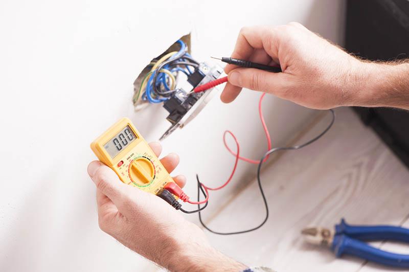 Good Electrician in Sherman Oaks
