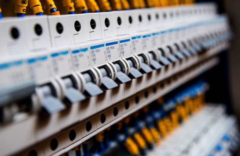 an Electrical Contractor in Calabasas