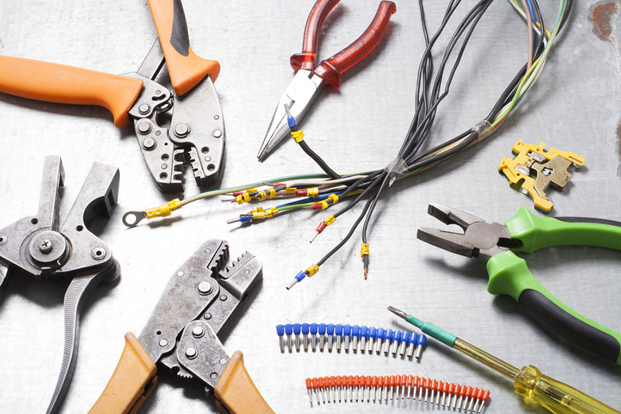 residential electrician in woodland hills
