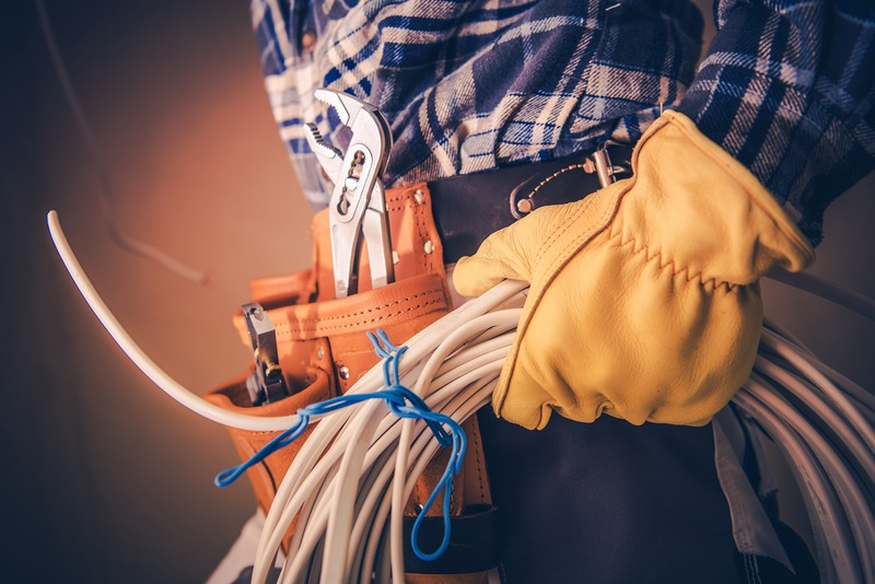 Tips for Finding a Reputable Electrician in Santa Monica