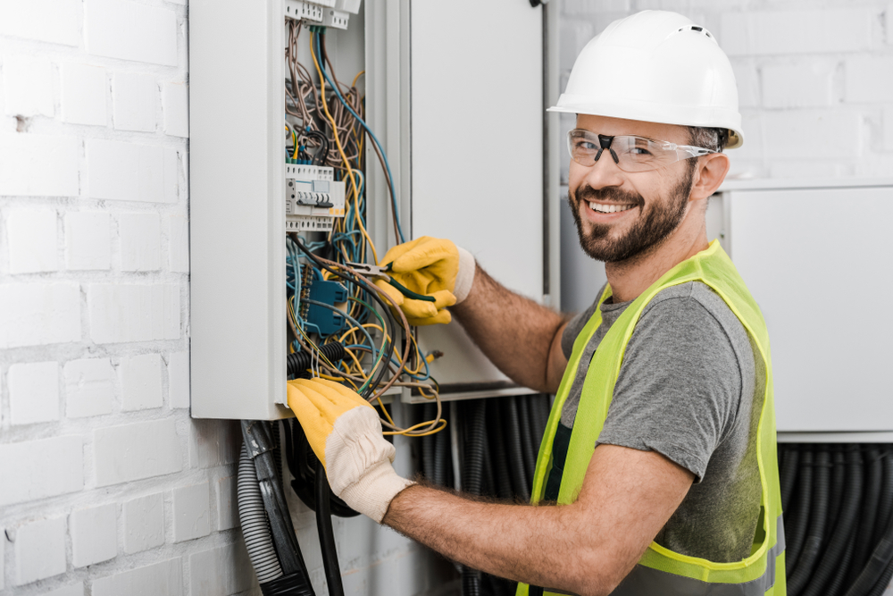 Electrician in Pasadena